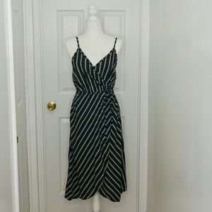 NWT KALI FASHION   MADE IN ITALY Stripe Wrap Dress